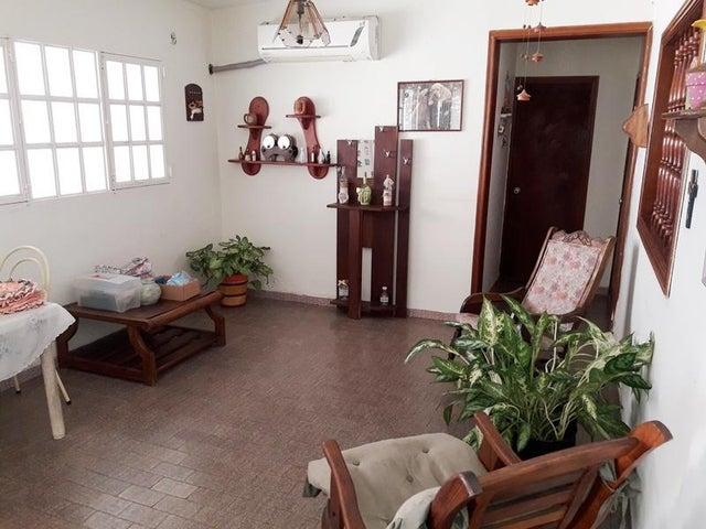 Casa Carabobo>Municipio Bejuma>Bejuma - Venta:55.000 Precio Referencial - codigo: 20-5495