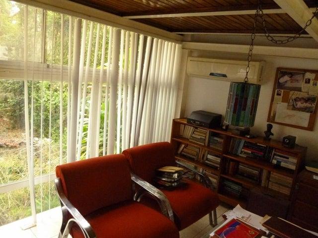 Apartamento Distrito Metropolitano>Caracas>Santa Paula - Venta:200.000 Precio Referencial - codigo: 20-5716