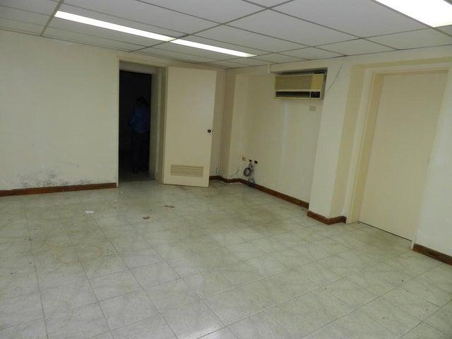 Casa Distrito Metropolitano>Caracas>San Bernardino - Alquiler:600 Precio Referencial - codigo: 20-5719