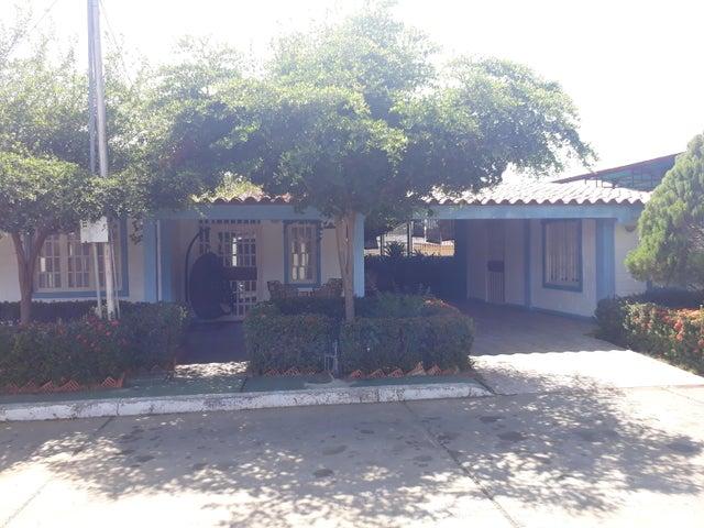 Casa Zulia>Ciudad Ojeda>Vargas - Venta:27.000 Precio Referencial - codigo: 20-7801