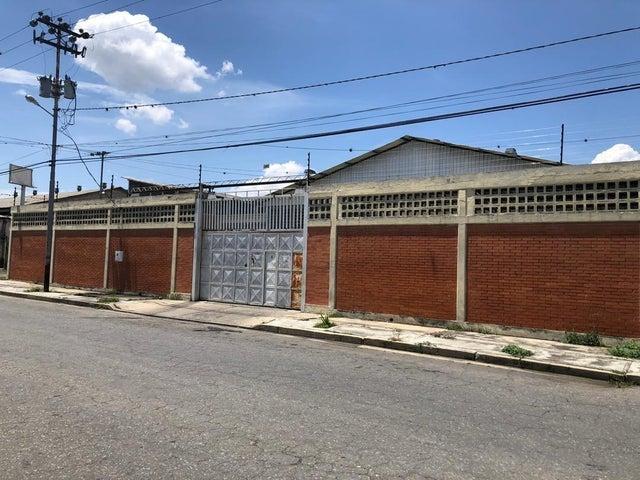 Galpon - Deposito Lara>Barquisimeto>Parroquia Juan de Villegas - Alquiler:800 Precio Referencial - codigo: 20-5817