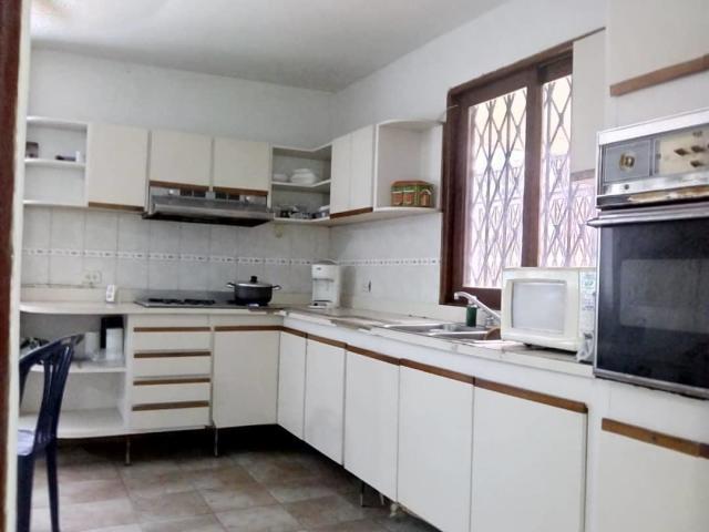 Casa Zulia>Maracaibo>Juana de Avila - Alquiler:250 Precio Referencial - codigo: 20-5916