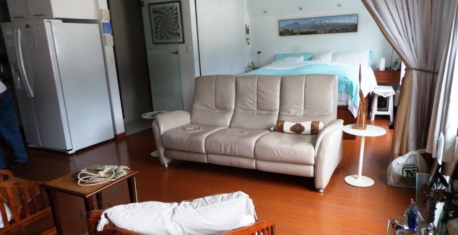 Apartamento Distrito Metropolitano>Caracas>Sabana Grande - Venta:60.000 Precio Referencial - codigo: 20-6062