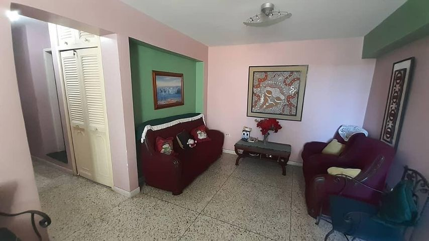 Apartamento Lara>Cabudare>Centro - Venta:10.500 Precio Referencial - codigo: 20-6167