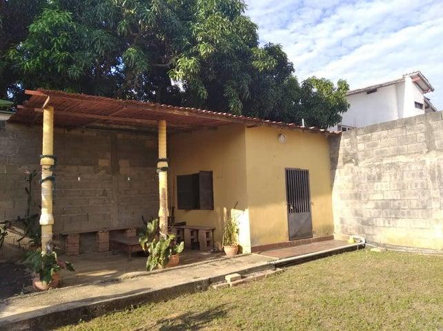 Casa Lara>Cabudare>La Piedad Norte - Venta:11.500 Precio Referencial - codigo: 20-6321