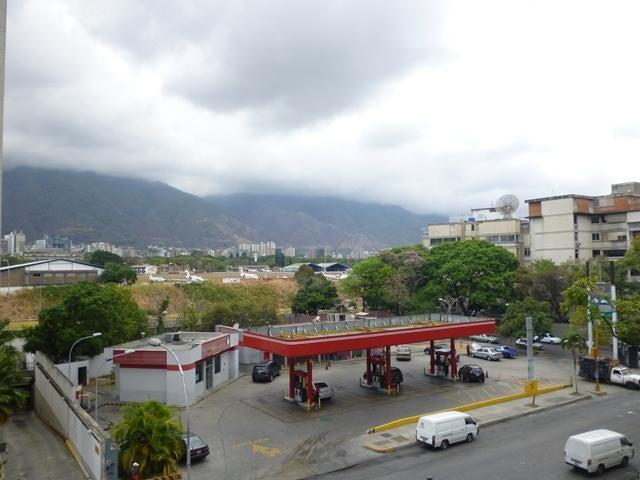 Apartamento Distrito Metropolitano>Caracas>Chuao - Venta:80.000 Precio Referencial - codigo: 20-6671
