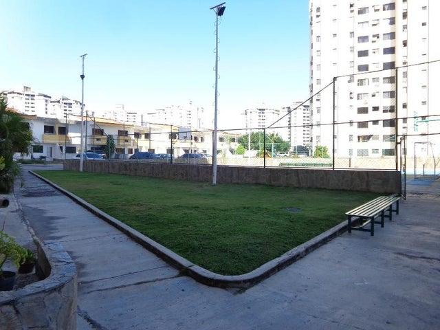 Apartamento Carabobo>Municipio Naguanagua>La Granja - Venta:20.000 Precio Referencial - codigo: 20-7014
