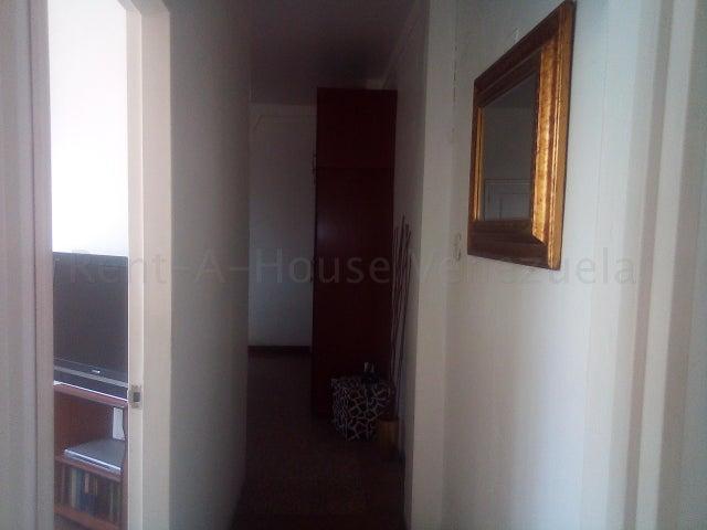 Apartamento Distrito Metropolitano>Caracas>San Bernardino - Venta:34.000 Precio Referencial - codigo: 20-7006