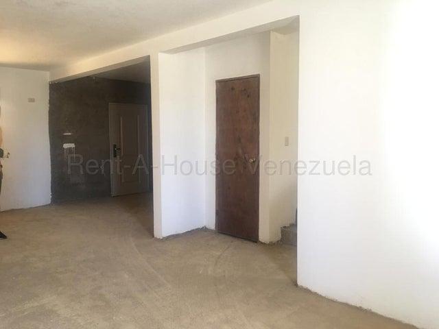 Casa Falcon>Punto Fijo>Los Caciques - Venta:36.800 Precio Referencial - codigo: 20-7072