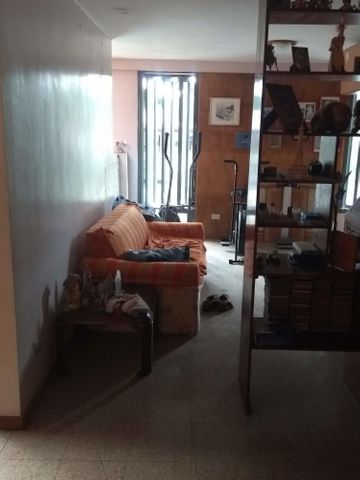 Casa Distrito Metropolitano>Caracas>El Cafetal - Venta:170.000 Precio Referencial - codigo: 20-7740