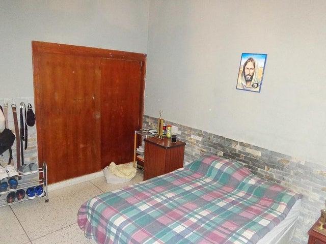 Casa Carabobo>Valencia>Trigal Sur - Venta:70.000 Precio Referencial - codigo: 20-7236