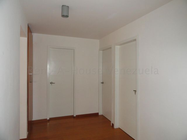 Apartamento Distrito Metropolitano>Caracas>Terrazas del Avila - Venta:120.000 Precio Referencial - codigo: 20-7258