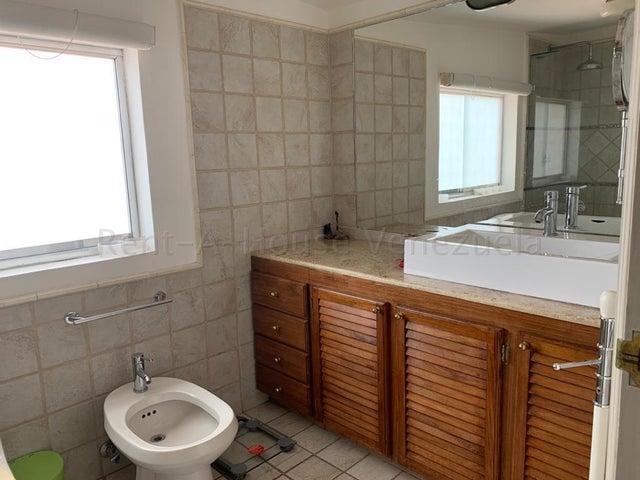 Casa Distrito Metropolitano>Caracas>El Marques - Venta:300.000 Precio Referencial - codigo: 20-7349