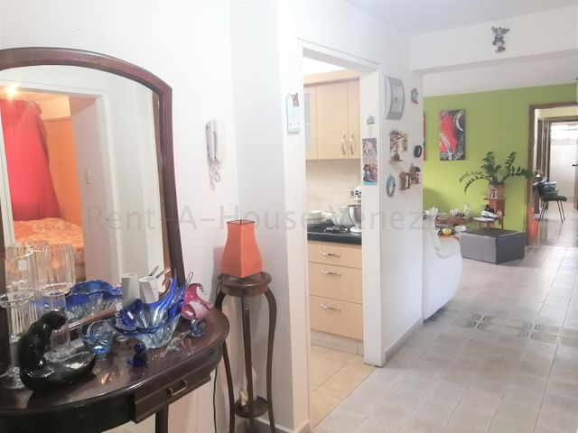 Apartamento Distrito Metropolitano>Caracas>El Cafetal - Venta:98.000 Precio Referencial - codigo: 20-7754