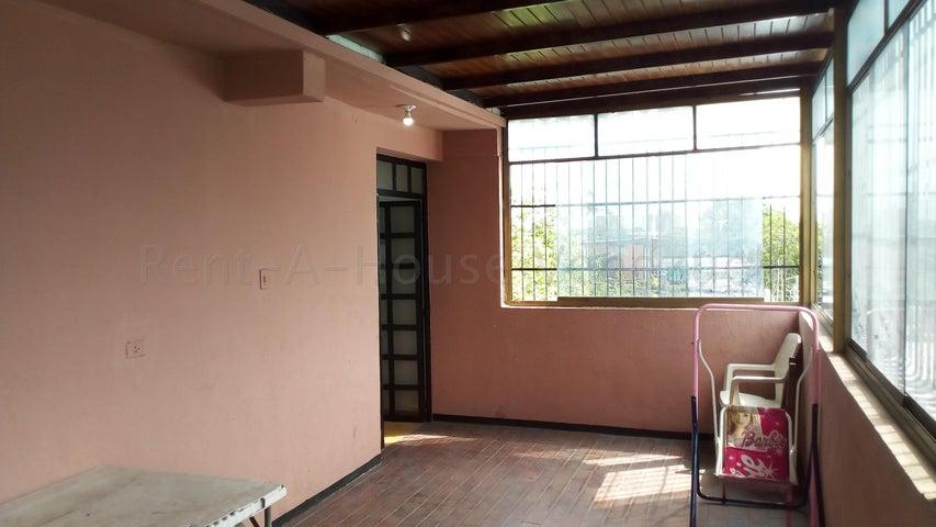 Casa Lara>Barquisimeto>Parroquia Concepcion - Venta:58.000 Precio Referencial - codigo: 20-9042