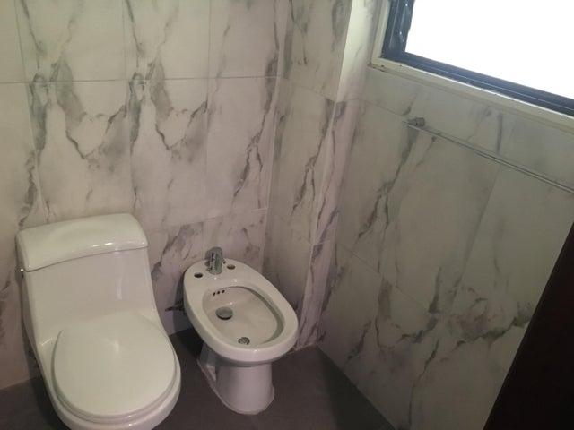 Apartamento Distrito Metropolitano>Caracas>San Roman - Venta:425.000 Precio Referencial - codigo: 20-7878