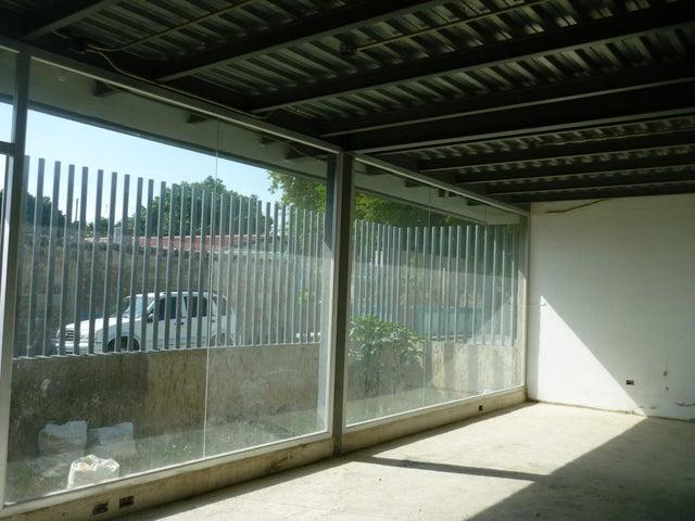 Galpon - Deposito Aragua>Cagua>La Carpiera - Alquiler:1.100 Precio Referencial - codigo: 20-8157