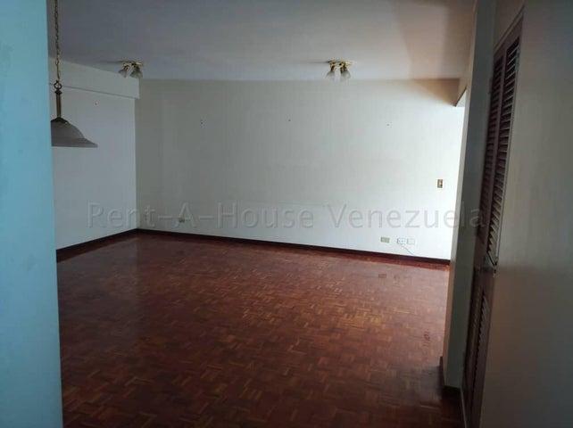 Apartamento Distrito Metropolitano>Caracas>Las Esmeraldas - Venta:80.000 Precio Referencial - codigo: 20-8302