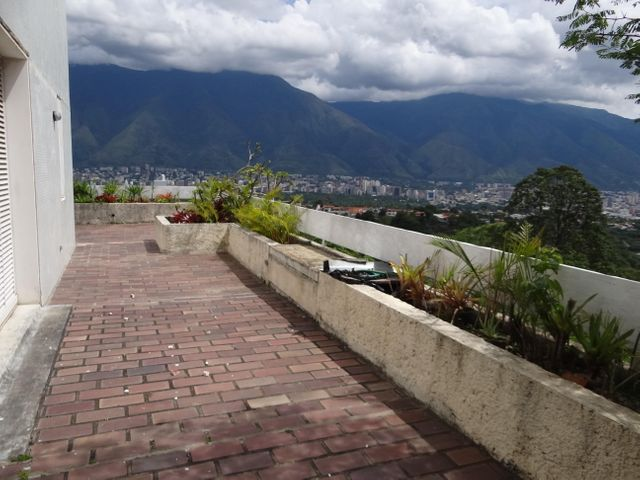 Apartamento Distrito Metropolitano>Caracas>Lomas del Mirador - Venta:800.000 Precio Referencial - codigo: 20-8389