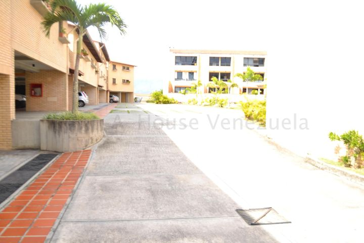 Apartamento Distrito Metropolitano>Caracas>Loma Linda - Alquiler:500 Precio Referencial - codigo: 20-9423