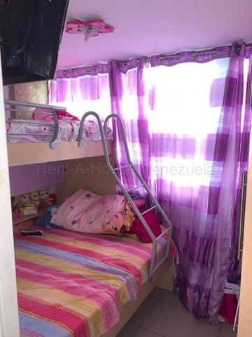 Apartamento Distrito Metropolitano>Caracas>Parroquia La Candelaria - Venta:22.000 Precio Referencial - codigo: 20-8886