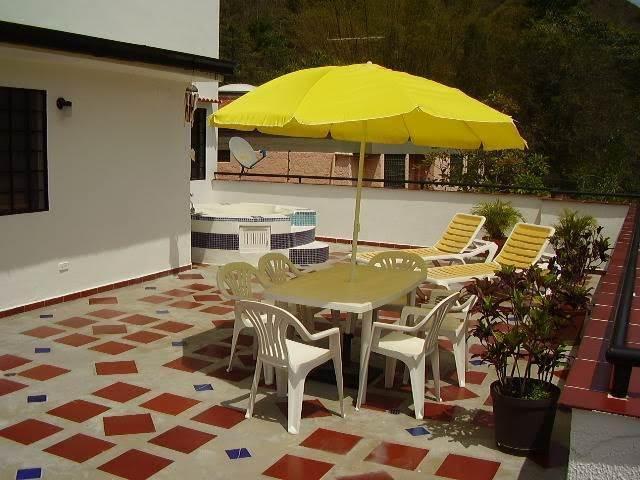 Casa Distrito Metropolitano>Caracas>La Trinidad - Venta:170.000 Precio Referencial - codigo: 20-8914