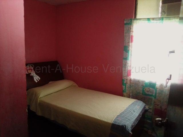 Apartamento Miranda>Guatire>Valle Arriba - Venta:10.000 Precio Referencial - codigo: 20-8973