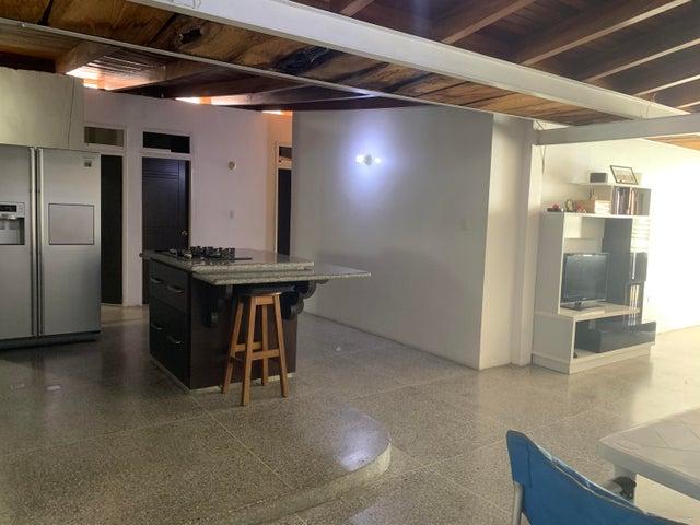 Casa Distrito Metropolitano>Caracas>El Llanito - Venta:140.000 Precio Referencial - codigo: 20-9202
