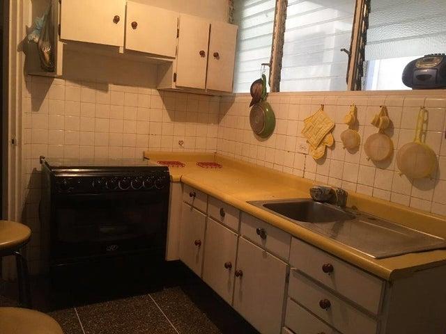 Apartamento Distrito Metropolitano>Caracas>Los Ruices - Venta:45.000 Precio Referencial - codigo: 20-9207