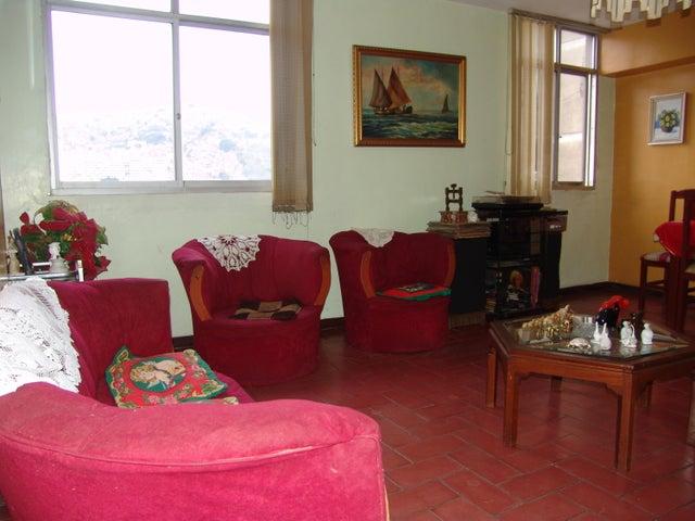 Apartamento Distrito Metropolitano>Caracas>San Martin - Venta:21.500 Precio Referencial - codigo: 20-9208