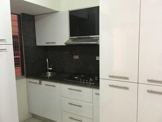 Apartamento Distrito Metropolitano>Caracas>Miravila - Venta:20.000 Precio Referencial - codigo: 20-9211