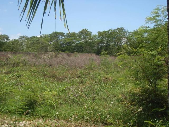 Terreno Miranda>Higuerote>Puerto Encantado - Venta:120.000 Precio Referencial - codigo: 20-9219