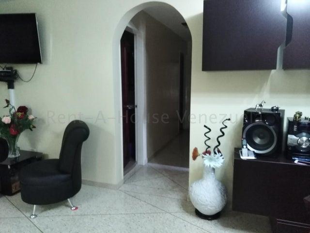 Apartamento Distrito Metropolitano>Caracas>San Jose - Venta:35.000 Precio Referencial - codigo: 20-9292