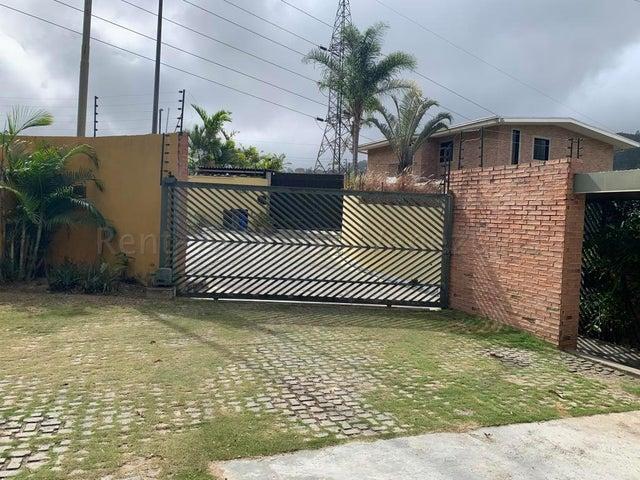 Casa Distrito Metropolitano>Caracas>La Boyera - Venta:350.000 Precio Referencial - codigo: 20-9301