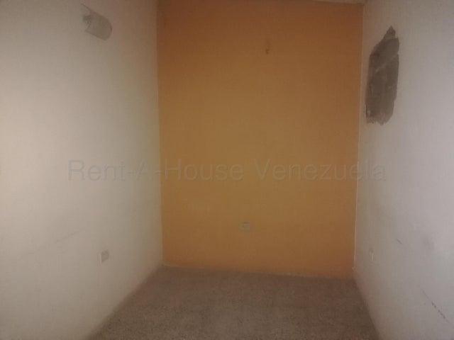 Local Comercial Zulia>Cabimas>Cumana - Venta:27.000 Precio Referencial - codigo: 20-9429