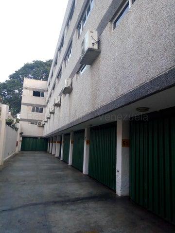 Edificio Vargas>Parroquia Caraballeda>Caribe - Venta:1.800.000 Precio Referencial - codigo: 20-11347