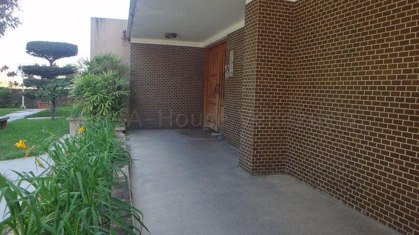 Apartamento Distrito Metropolitano>Caracas>Colinas de Bello Monte - Venta:80.000 Precio Referencial - codigo: 20-9528