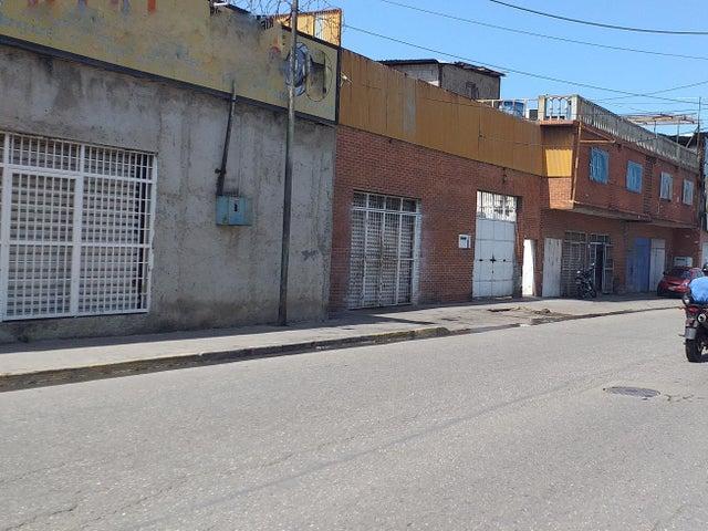 Galpon - Deposito Vargas>Catia La Mar>Ezequiel Zamora - Venta:289.000 Precio Referencial - codigo: 20-9255