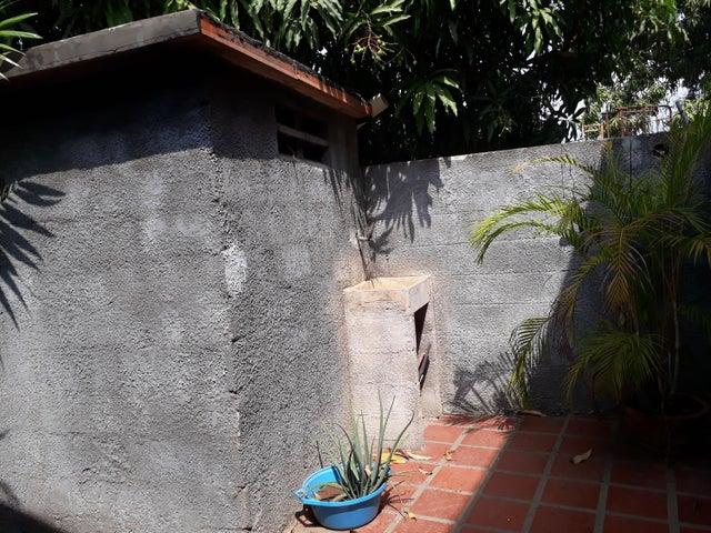 Apartamento Zulia>Municipio San Francisco>Sierra Maestra - Venta:165.000 Precio Referencial - codigo: 20-9613