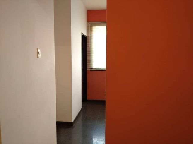 Oficina Aragua>Maracay>La Arboleda - Alquiler:190 Precio Referencial - codigo: 20-9615