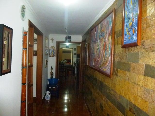 Local Comercial Zulia>Ciudad Ojeda>La 'L' - Venta:53.000 Precio Referencial - codigo: 20-9754