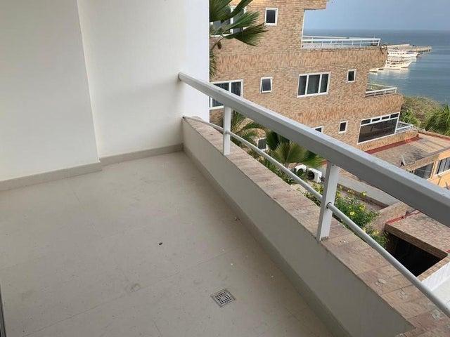 Apartamento Nueva Esparta>Margarita>El Morro - Venta:165.000 Precio Referencial - codigo: 20-10320