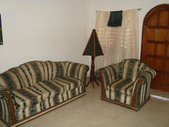 Casa Anzoategui>El Tigrito>Centro - Venta:9.000 Precio Referencial - codigo: 20-9998