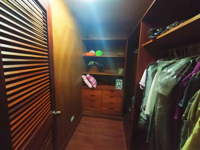 Casa Distrito Metropolitano>Caracas>La Lagunita Country Club - Venta:930.000 Precio Referencial - codigo: 20-10336