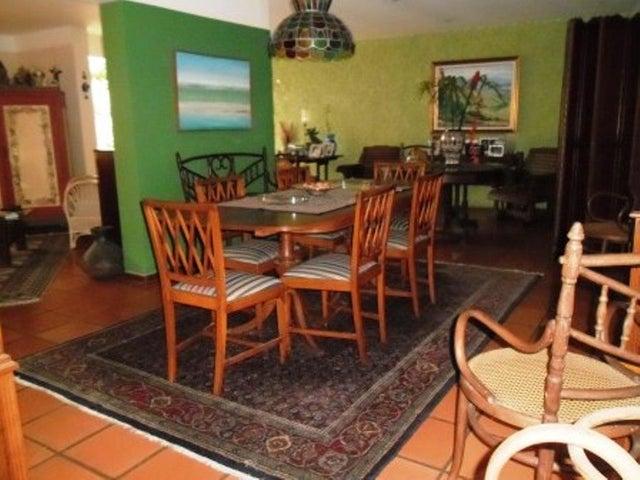 Casa Distrito Metropolitano>Caracas>Los Naranjos del Cafetal - Venta:400.000 Precio Referencial - codigo: 20-10349
