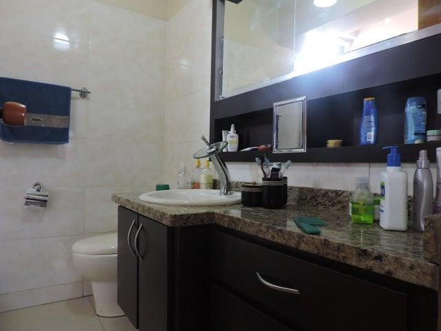 Apartamento Distrito Metropolitano>Caracas>Santa Fe Sur - Venta:135.000 Precio Referencial - codigo: 20-8801