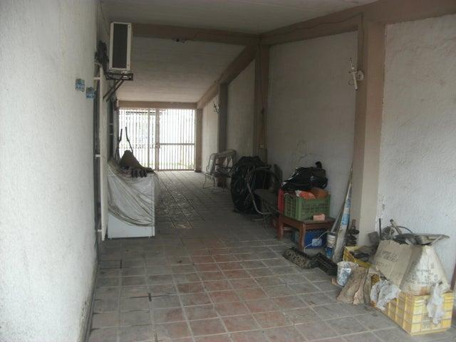 Casa Lara>Cabudare>El Recreo - Venta:17.000 Precio Referencial - codigo: 20-10403