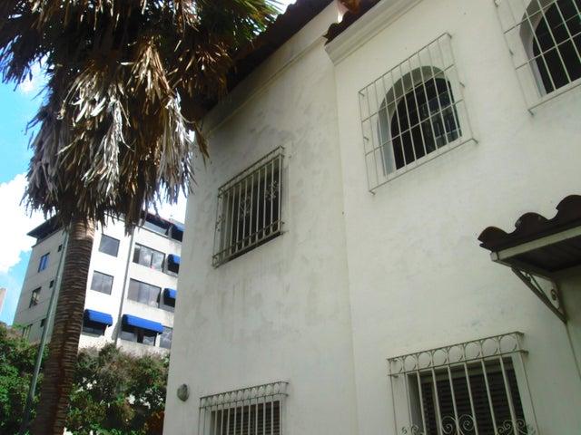 Casa Distrito Metropolitano>Caracas>San Bernardino - Venta:260.000 Precio Referencial - codigo: 20-10524