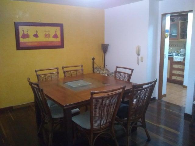 Apartamento Distrito Metropolitano>Caracas>Santa Fe Norte - Venta:95.000 Precio Referencial - codigo: 20-10560