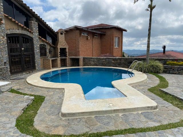 Casa Distrito Metropolitano>Caracas>Los Guayabitos - Venta:244.000 Precio Referencial - codigo: 20-10678
